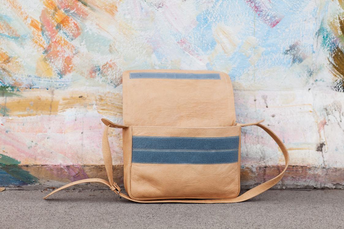 Gundara - Bruno - messenger bag - for biking - A4 format - genuine leather