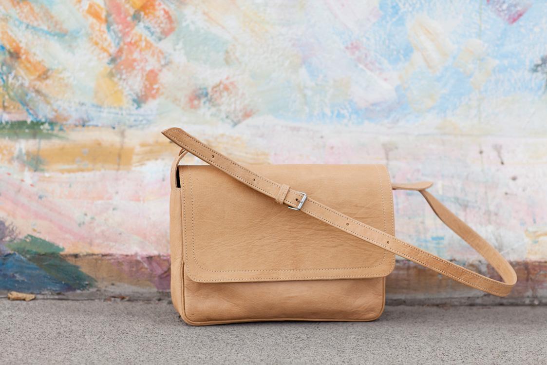 Gundara - Bruno - shoulder bag - adjustable strap - made in Afghanistan