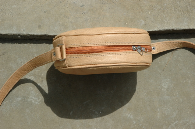 Gundara - Kolola - small bag for all purposes - natural leather - handmade