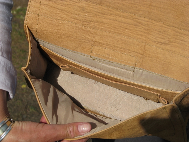 Gundara - Bird Bag - handbag - inside view - pure leather - from Afghanistan