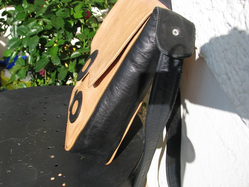 Gundara - Bubble Boom - side view - from Afghanistan - shoudler bag - leather