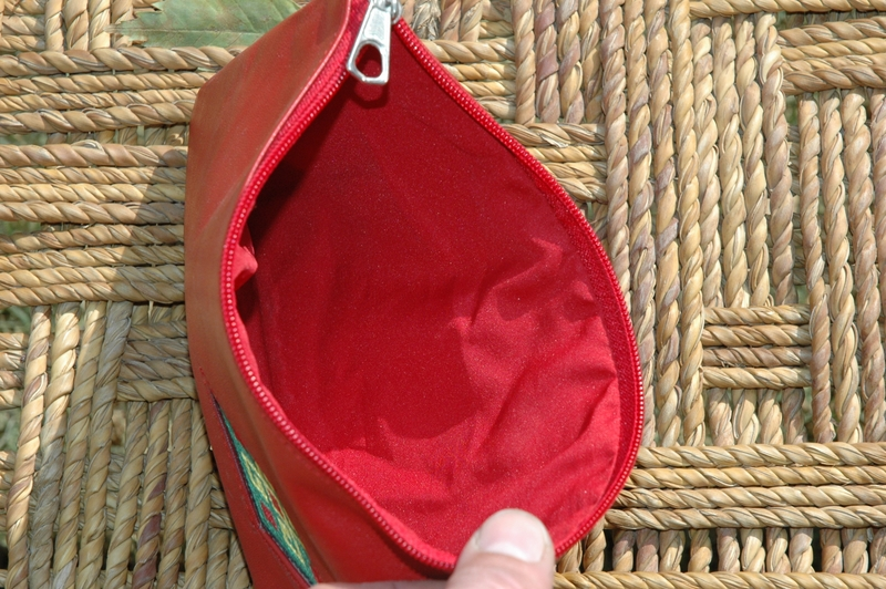 Gundara - Little Lea - embroidered cosmetics pouch in red leather