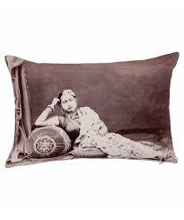 Neeru Kumar - Indian design cushion cover - relaxing woman - Gundara