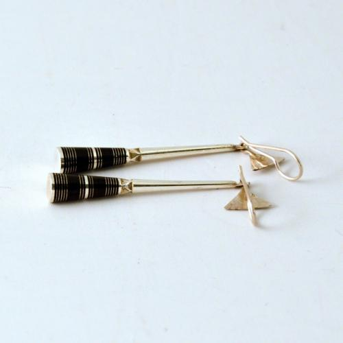 Handmade silver Tuareg earrings - fair trade from Niger - traditional Tuerag jewelry - Gundara