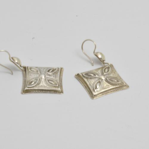 Gundara - Tuareg silver earrings - handmade - pure silver - fairtrade