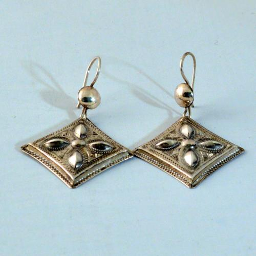 Traditional Tiro Tuareg silver earrings - Tuareg jewelry - fair and handmade - Gundara