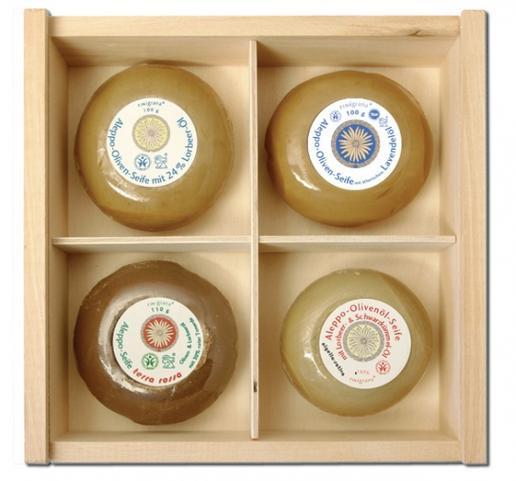 Aleppo Soap set wooden box