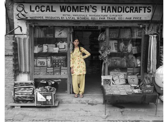 Nasreen Sheikh - Local Women's Handicrafts - Nepal - Shawls from yak hair